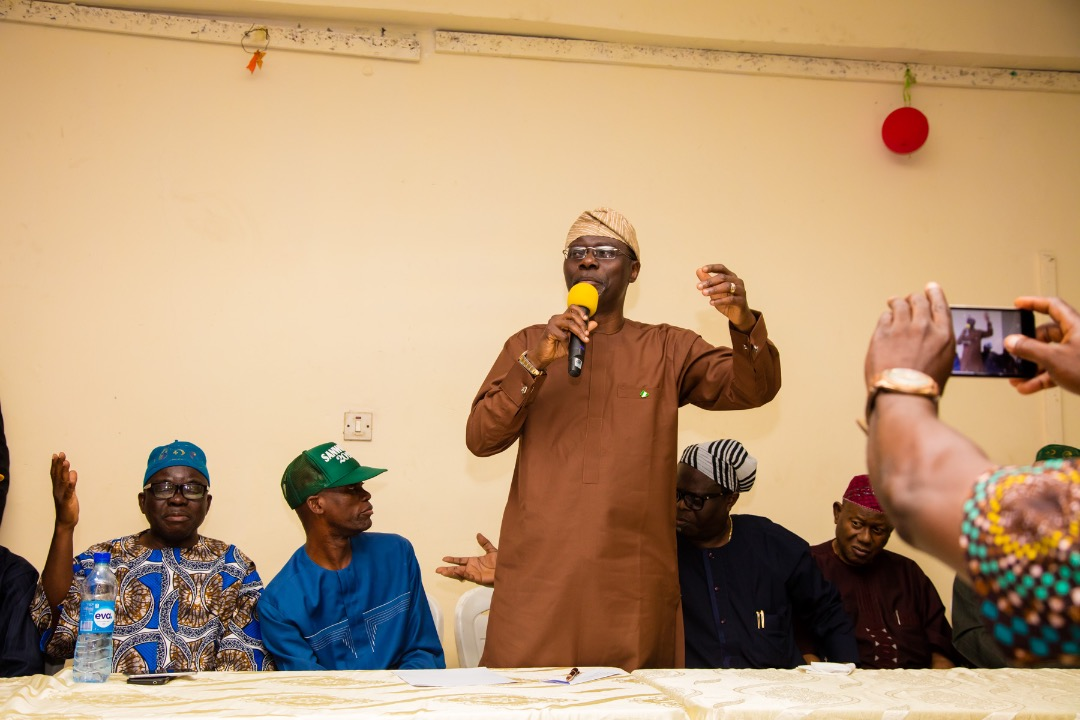 Lagos State Governor-elect, Mr. Babajide Sanwo-Olu in company with his deputy, Dr. Obafemi Hamzat on Thursday at the campaign house on Awolowo road, Ikoyi unveiled an inauguration committee that will usher in his administration on May 29th this year.