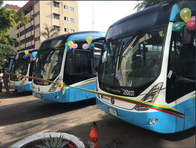 Governor Babajide Sanwo-Olu, on Monday, handed over 35 brand new buses to civil servants for transport to and from work