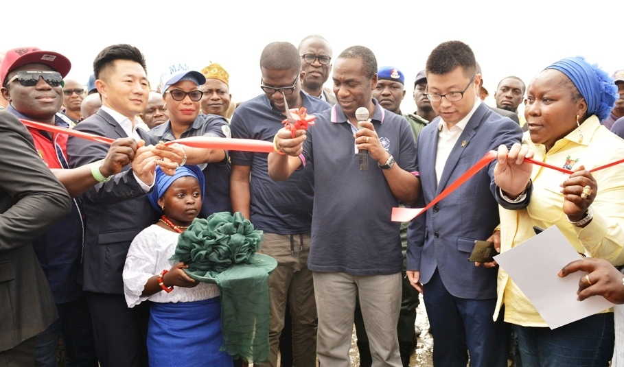 Ten years after the commencement of the ten-lane Lagos-Badagry Expressway, life is set to return to the axis as the Lagos State Government today flagged off the continuation of the construction of the road.