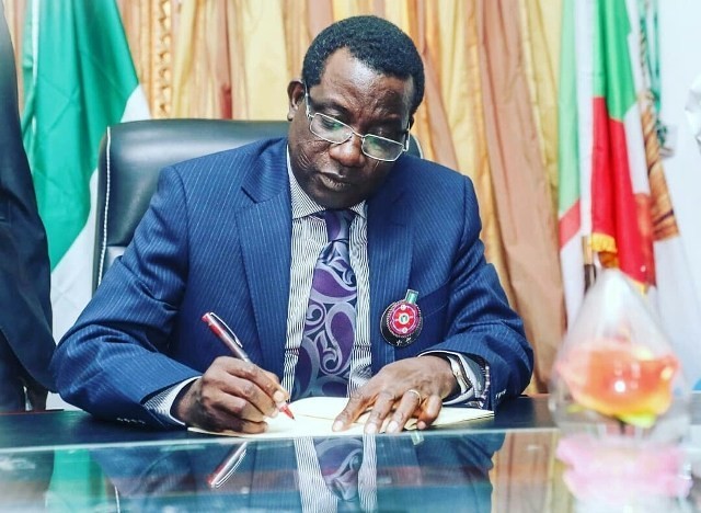Governor Lalong Swears-In New SSG, Chief Of Staff