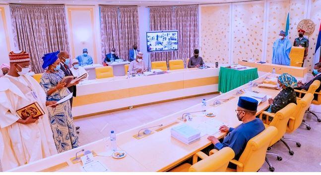 President Buhari Swears In 5 Permanent Secretaries [Full List]