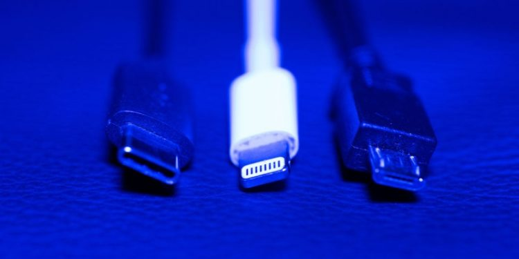 EU To Impose Universal Phone Charger